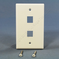Cooper White 1-Gang Flush Mount Modular 2-Port Thermoplastic Wallplate 5520-5EW