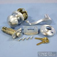 RIGHT Weslock Traditonale Impresa 640 Satin Chrome Keylock Knob w/ Calais Latch