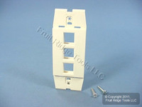 Leviton Quickport Quartz Acenti 3-Port Wallplate Insert AC643-QTZ