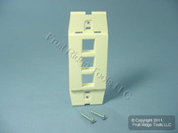 Leviton Quickport Natural Acenti 3-Port Wallplate Insert AC643-NTL