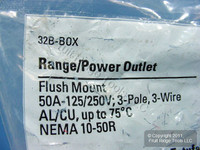New Cooper Range Outlet Receptacle Stove Oven NEMA 10-50R 50A 125/250V 32B Bag