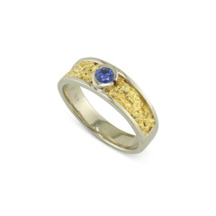 14 Karat White 8 MM Natural Gold Nugget Channel Ring Tapered With .35 CT Blue Sapphire Size 7