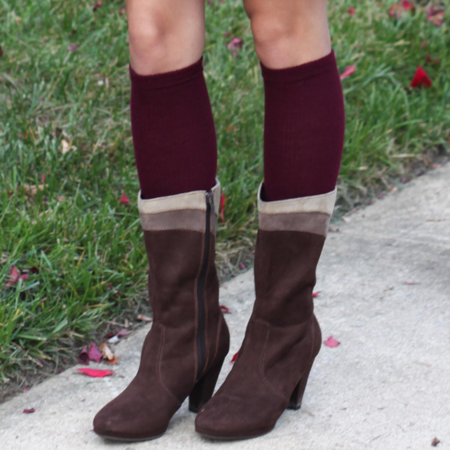 maroon boot socks