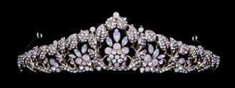 Bridal Tiara | T1904