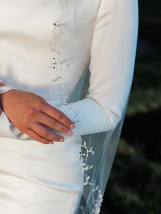 Bridal Veil | V1994SF
