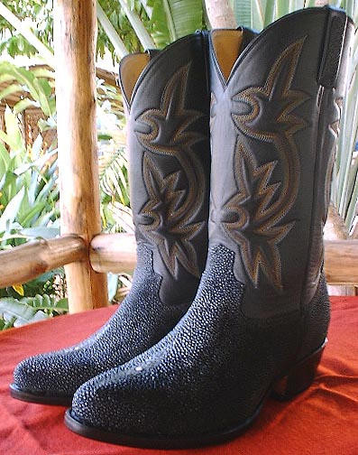 f3c9ad6e32f STINGRAY Cowboy Boots-Six Rows of Stitching - Motorcowboy