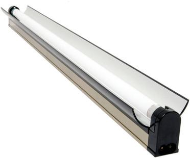 Jump Start T5 Strip/Reflector Fixture w/Lamp 2ft JSFC2