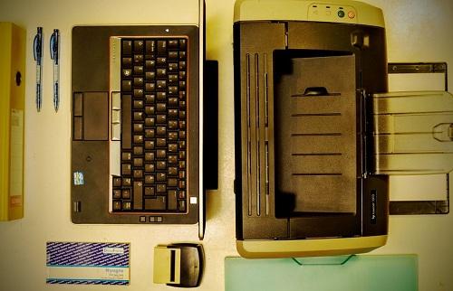 laptop with laser printer
