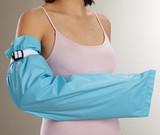 Alba Guardian(TM) Fluid-Resistant Protective Garment