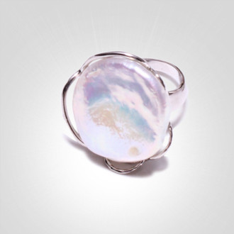 Freshwater baroque ring.