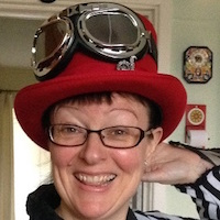 Lynne hardy Headshot
