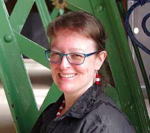 Lynne Hardy
