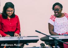 Alabanza Music Enjoying Piano-Keyboard & Spanish Adults (16 - 116 yrs) Class [10 sessions]