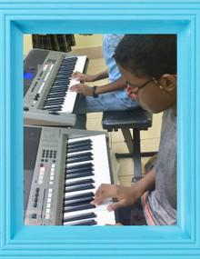 Alabanza Music Tocando El Piano 2  (9yrs+) Class