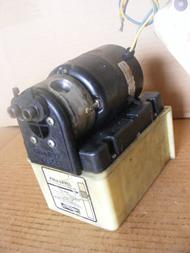 BENNETT Mariner V351 Hydraulic Power Trim Tab Pump 12V f/ Parts Only