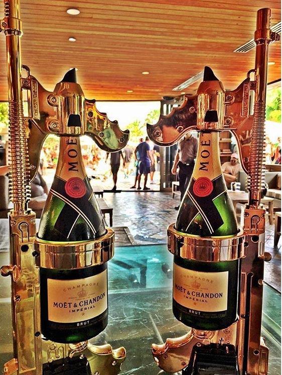 champagnegun-3.jpg