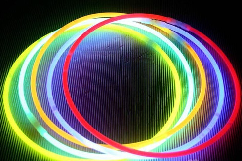 GLOW IN A DARK NECKLACES FOR ALL NIGHT EVENTS.