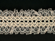 "Lt Beige Gathered Trim w/ crotchet stitch - 1.25"" (BG0114U01)"