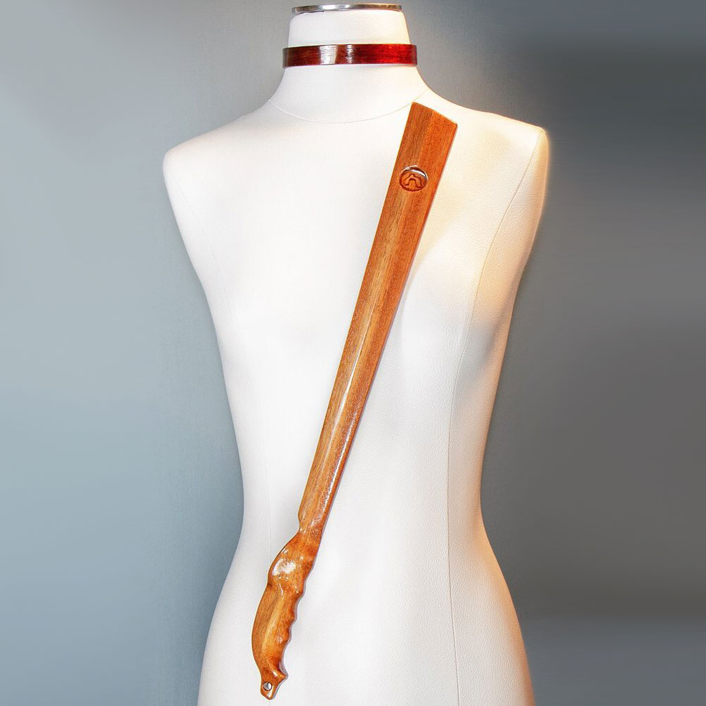 NobEssence Rouse Sculptured Hardwood Cane - With Mannequin
