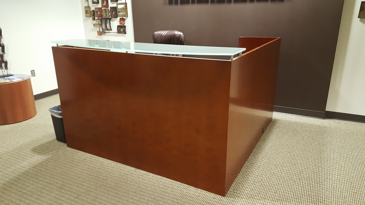 Used Cherry Wood Veneer Reception Desk With Glass Riser