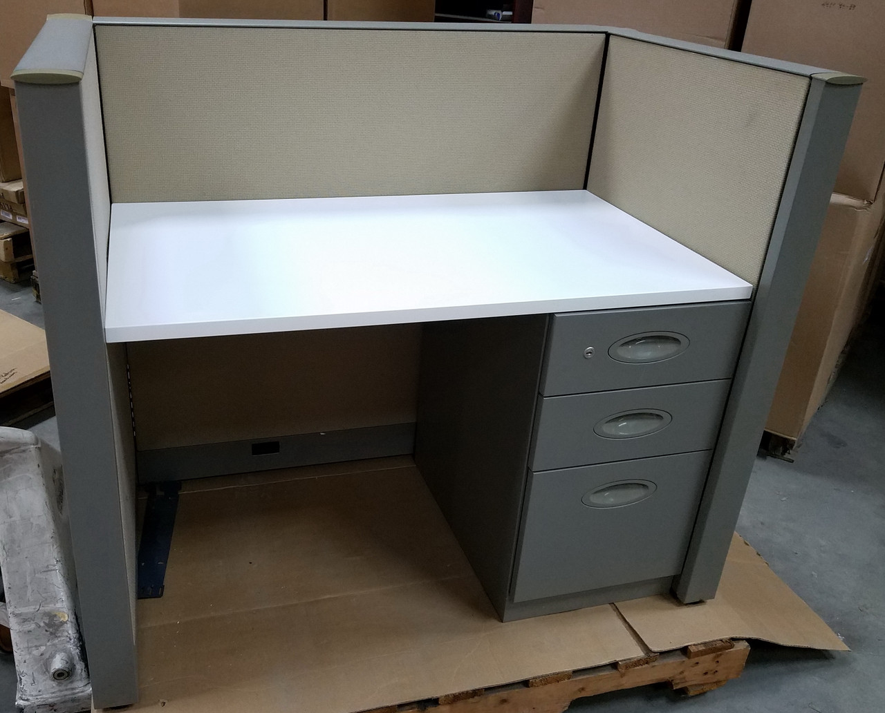 150 Used Steelcase Answer 42h X 42w X 24d Call Center Cubicles
