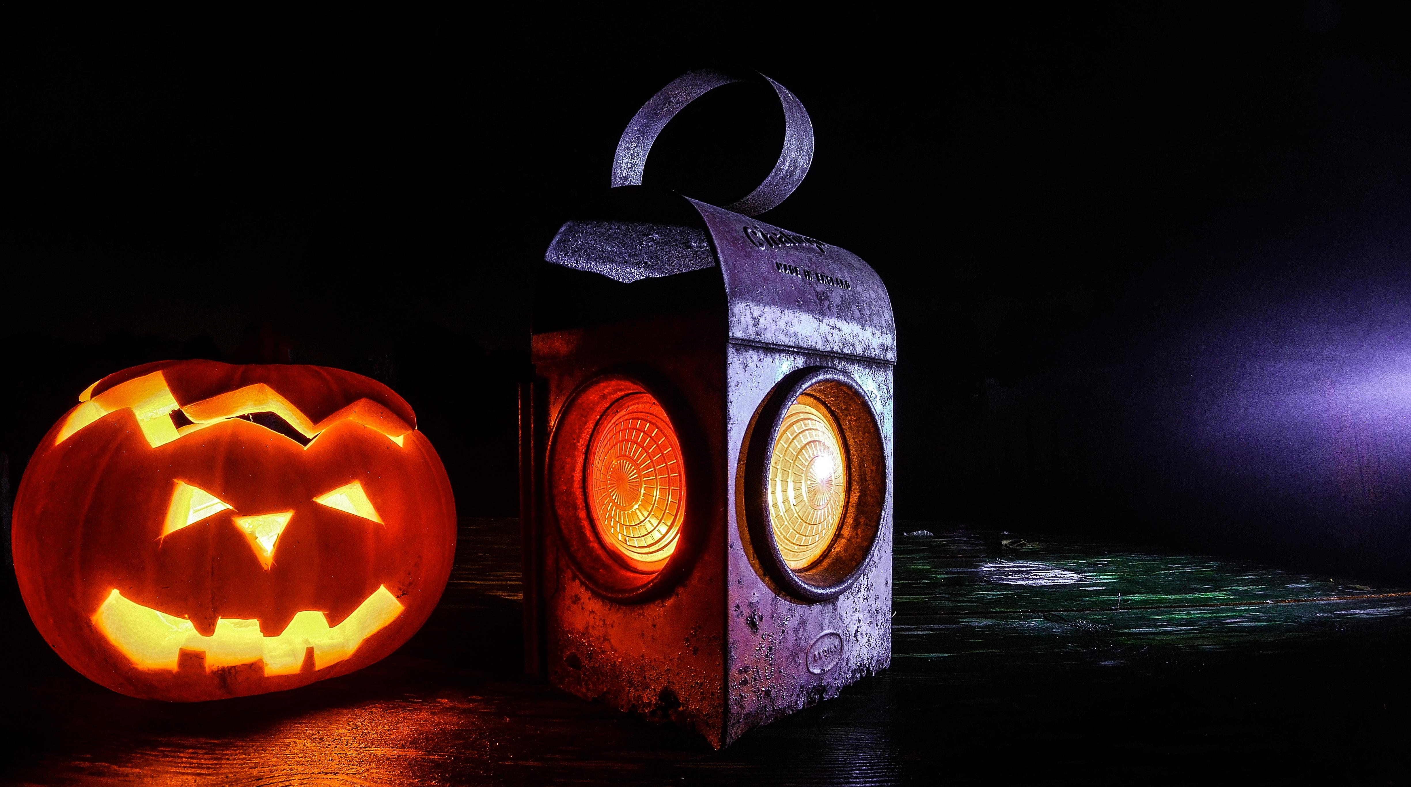 Kapoosh Halloween image