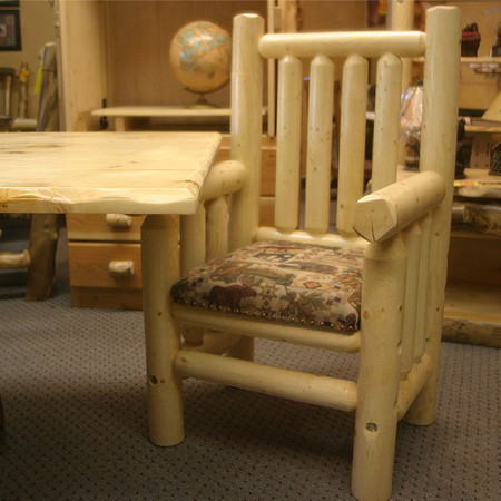 GT5005 GoodTimber Log Carver Chair