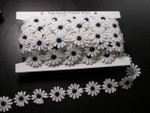 "Venise Lace 1"" White & Navy Daisy 10 Yards"