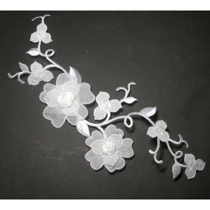 "Large White Bridal Flower Spray - Embroidered Iron On 10"" x 3 7/8"""