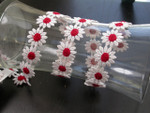 "Venise Lace 1"" White & Red Daisy. 9 1/2 Yards"