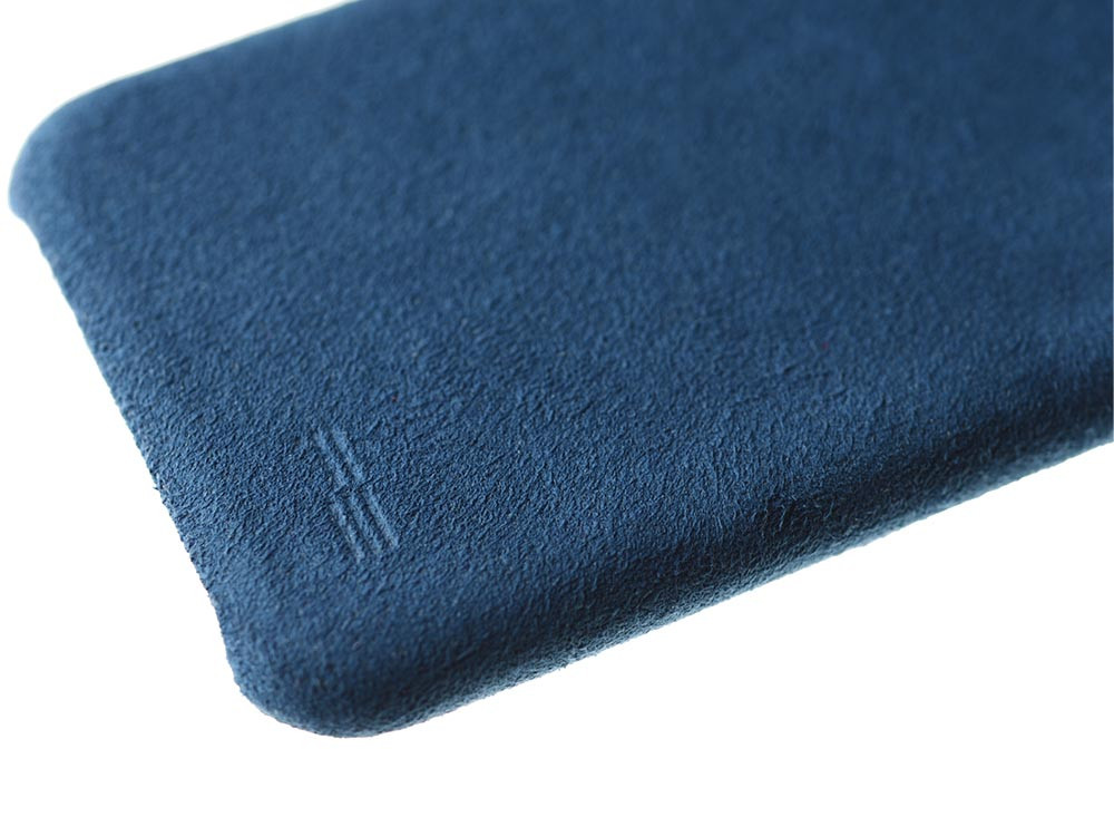 Ultrasuede Air Jacket for iPhone 8 Detail Blue
