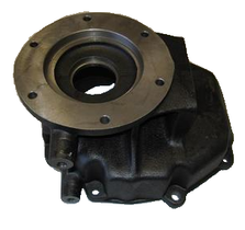 NV4500 REAR RETAINER CAST IRON (EXTENSION)
