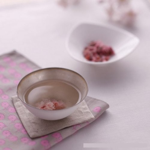 Sakura Tea 5g (0.17oz) Japanese cherry blossom tea