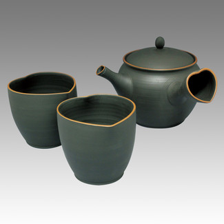 Tokoname Kyusu Teaset - NAGASABURO - Heart 1pot & 2chawan cups with box - Set Image