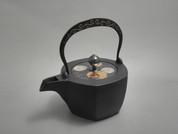 Hexagon Kotetsubin - Karakusa & Flower - 500ml/cc - Small Iron Teapot Kettle