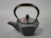Gourd type Kotetsubin - Sakura in the water - 160ml/cc - Small Iron Teapot Kettle