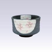 Mino-yaki - Matcha bowl - BLACK GLAZE SAKURA