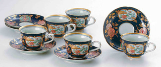 [Heritage] Imari : Old Imari Design Golden Floral - 5 Coffee Cups & Saucers Set - Japanese Porcelain w Box