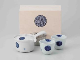 [Value] Hasami Porcelain : Kyusu tea pot & 2 Yunomi tea cups Set (CREST) w Box