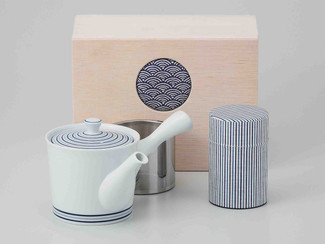 [Value] Hasami Porcelain : Kyusu tea pot & Tea caddy storage Set (SPIRAL) w Box
