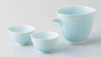 Celadon Porcelain : Sake Pot & 2 Cups Set : Seiji - Japanese Blue Porcelain