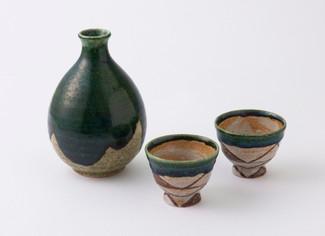 Sake Bottle & 2 Cup Set (A) Japanese Pottery Ceramic