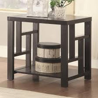 Coaster End Table in Cappuccino