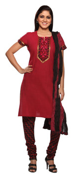 Red Printed In-Sattva 3-Pcs Ensemble - front design