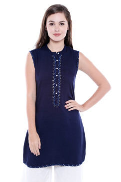 Women's Indian Kurta Tunic - Sleeveless - Front | In-Sattva
