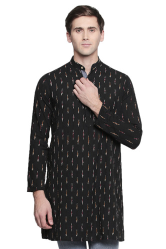 Men's Indian Long Kurta Tunic : Black with Ikkat Print - Front | In-Sattva