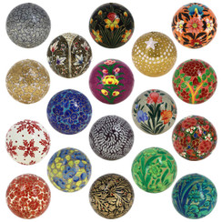 Handmade Rangeene Christmas Tree Ornament Paper Mache Balls -Set of 18