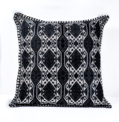 In-Sattva Home Geometric and Ancient Art Hand-Embellished Cotton Cushion Cover Decorative Pillow, Blk, 20 x 20
