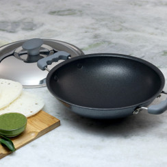 Wonderchef Non-Stick Aluminum Indian Cooking Appachetty with Stainless Steel Lid For Appam and Crepes, 22cm, Black