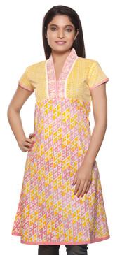 Rangmanch Women's Kurta Tunic - Embroidered Neckline ÌÎÌ_Ì´åÇÌÎÌ__ÌÎÌ_ÌÎ_ÌÎÌ_Ì´åÌÎÌ_ÌÎ_ÌÎÌ_Ì´å« Front